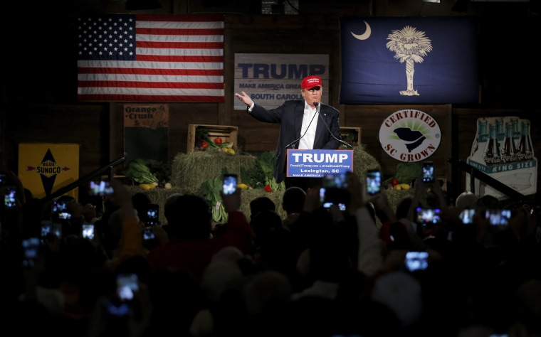 Image: Republican presidential candidate Donald Trump speaks during a campaign event in Lexington
