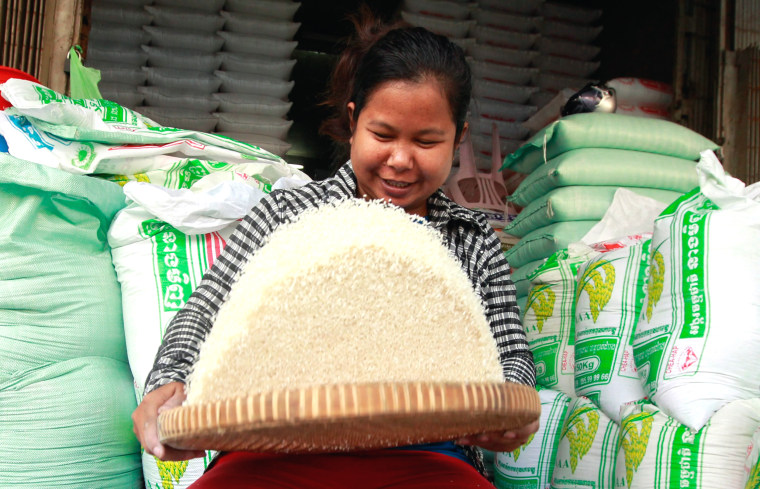 Image: Cambodia plans exporting one million tons of milled rice per year