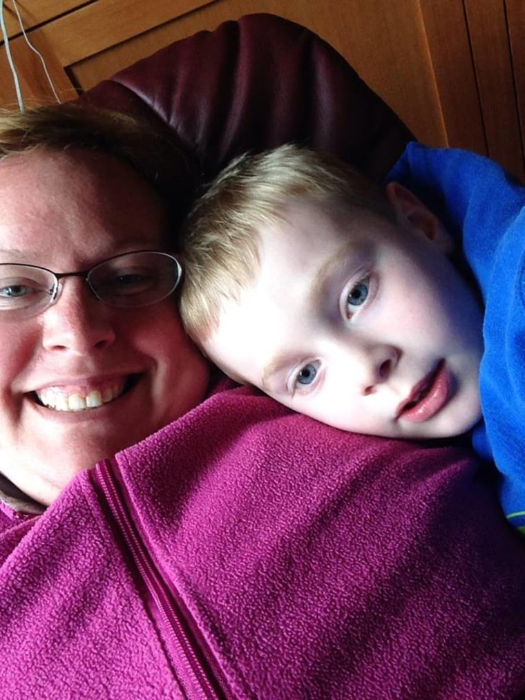 Lauren Nordberg, whose son has autism, received a kind note from a stranger at a diner