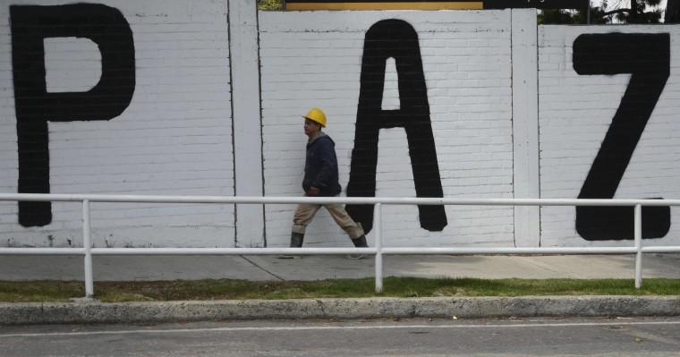 Image: COLOMBIA-LIFESTYLE-GRAFFITI-PEACE