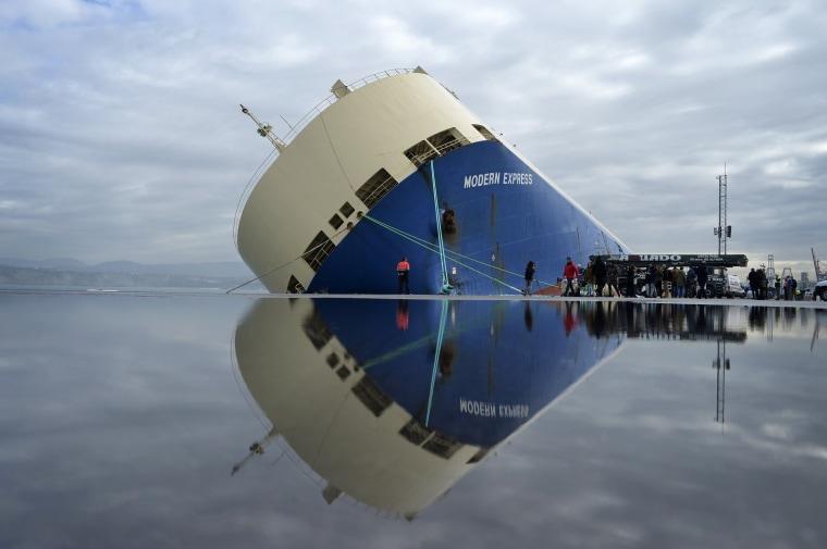 Image: The cargo ship Modern Express