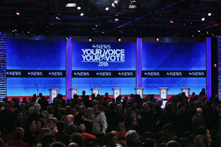 Image: Republican Candidates Debate In New Hampshire Days Before State's Primary