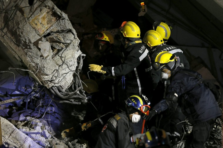 Image: Strong earthquake topples buildings in Taiwan, killing eight