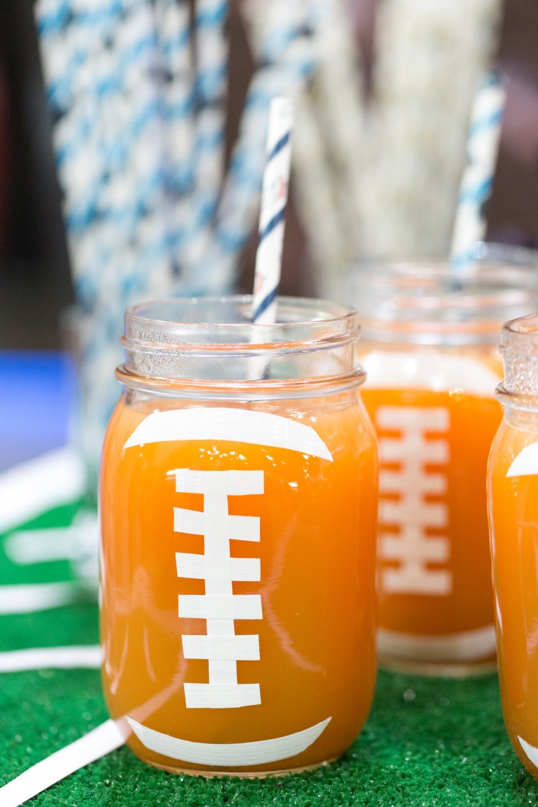 Maureen Petrosky demonstrates food and decor ideas for a Super Bowl party that's sure to score high with guests