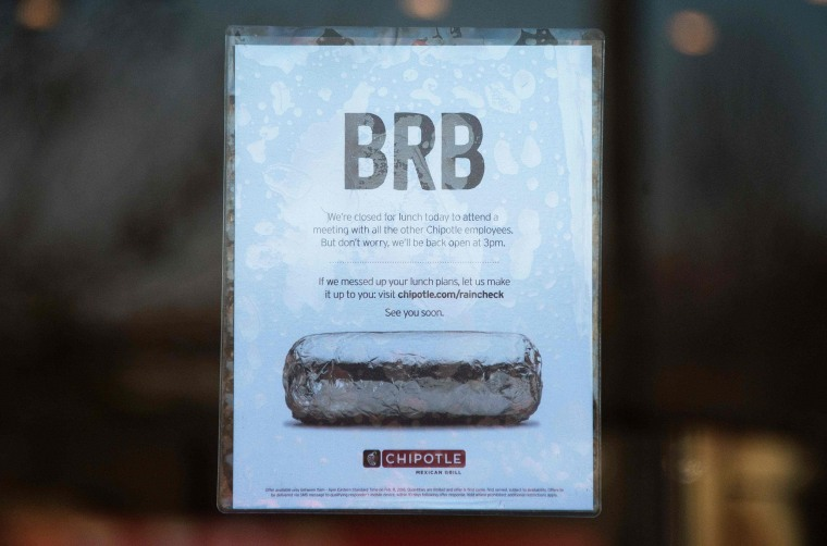 Image: US-FOOD-SAFETY-HEALTH-CHIPOTLE