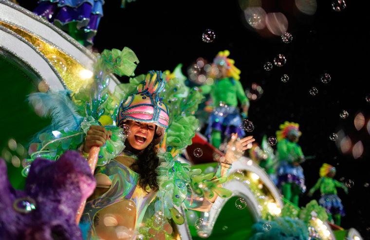 Image: Carnival in Rio de Janeiro 16
