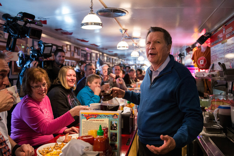 Image: John Kasich Campaigns In New Hampshire On Primary Day