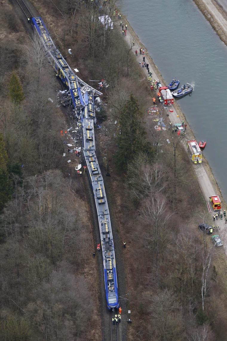 Image: Rescue teams