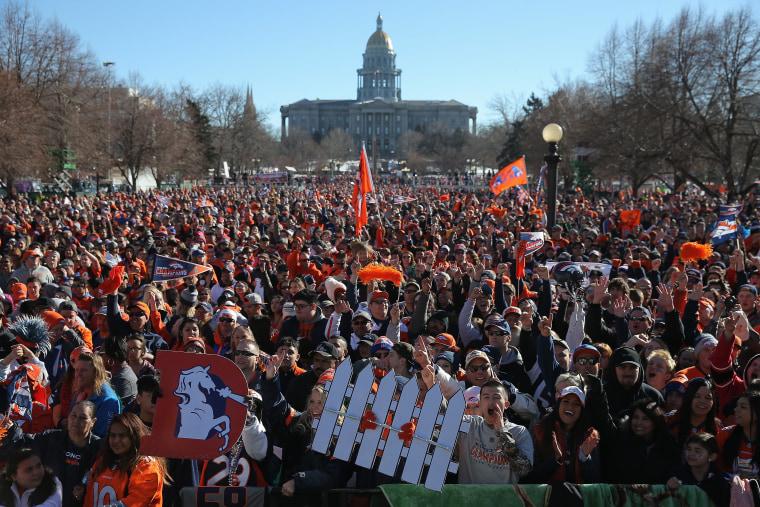 Image: Denver Broncos victory parade