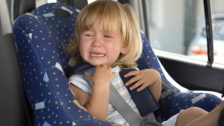 How to stop kids' tantrums while traveling