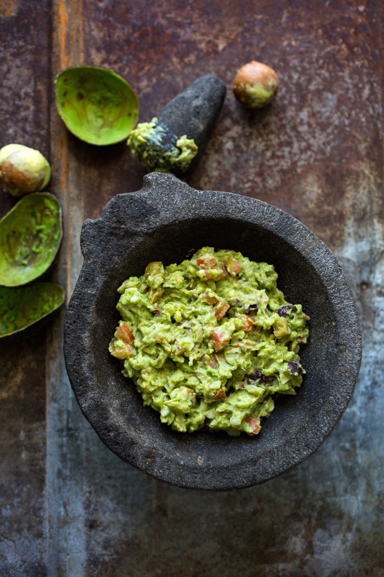 Olive guacamole