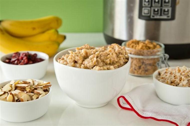 Make-Ahead Slow-Cooker Maple Oatmeal