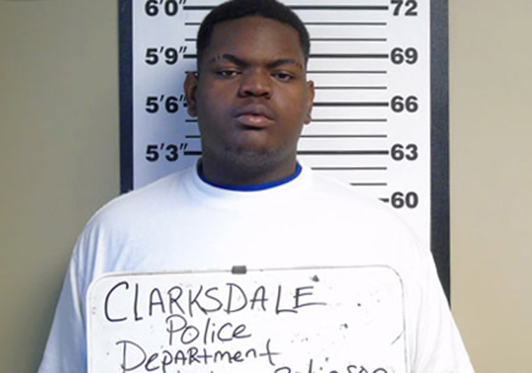 19-Year-Old Charged in Point-Blank Shooting of Mississippi Cop