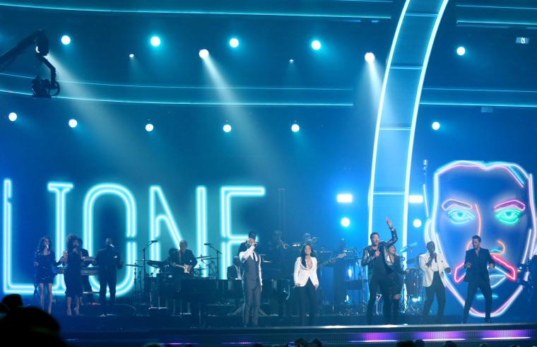 Image: John Legend, Demi Lovato, Lionel Richie, Meghan Trainor, Tyrese, Luke Bryan perform a Lionel Richie tribute