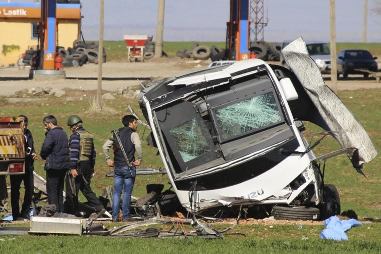 Image: Turkey bus attack
