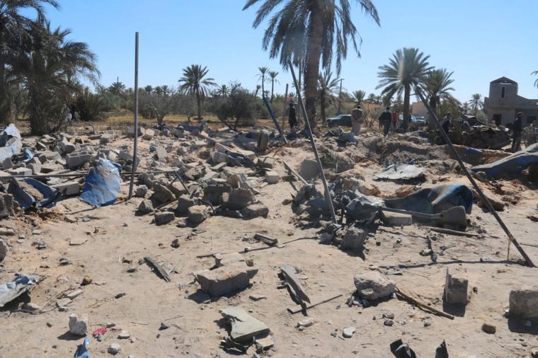 Image: A view shows damage at the scene after an airstrike by U.S. warplanes against Islamic State in Sabratha