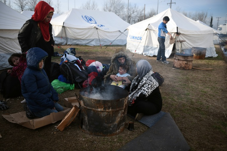Image: Syrian refugees in Greece