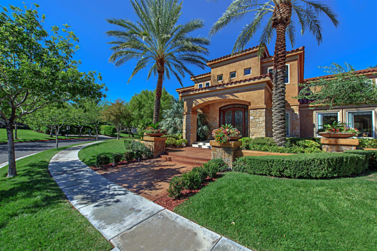 Mike Tyson Buys New Las Vegas Home See Inside