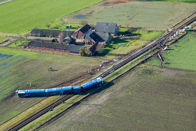 Image: TRAIN-ACCIDENT-NETHERLANDS-RAIL