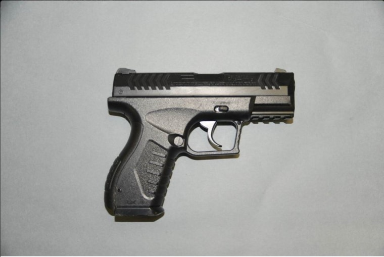Paul Gaston's Airsoft pistol