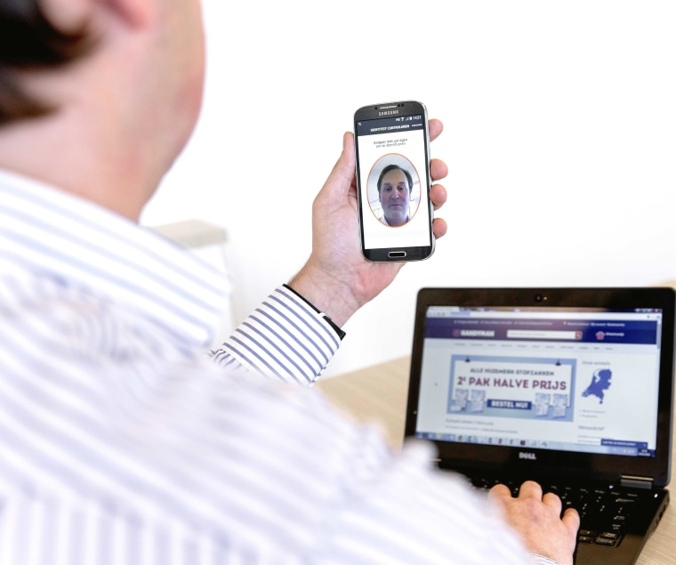 Image: App that allows for online payments using biometric authentication