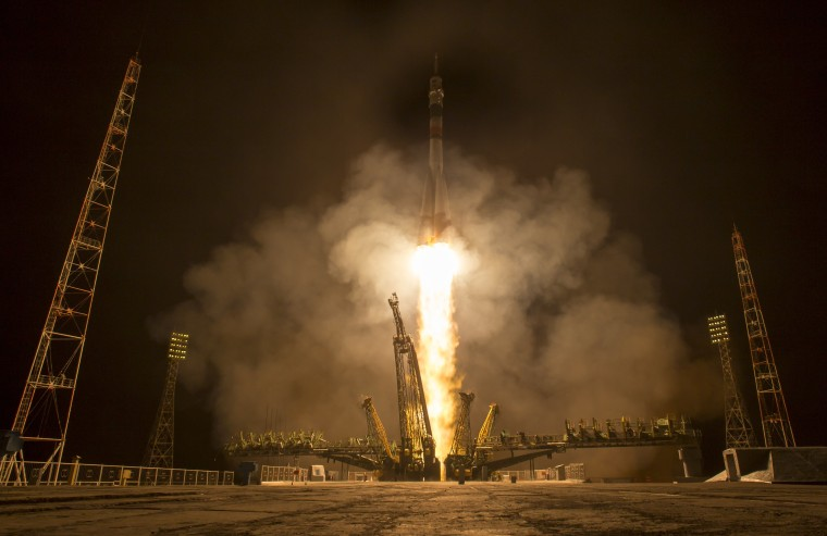 Image:Year in Space 03- Launch