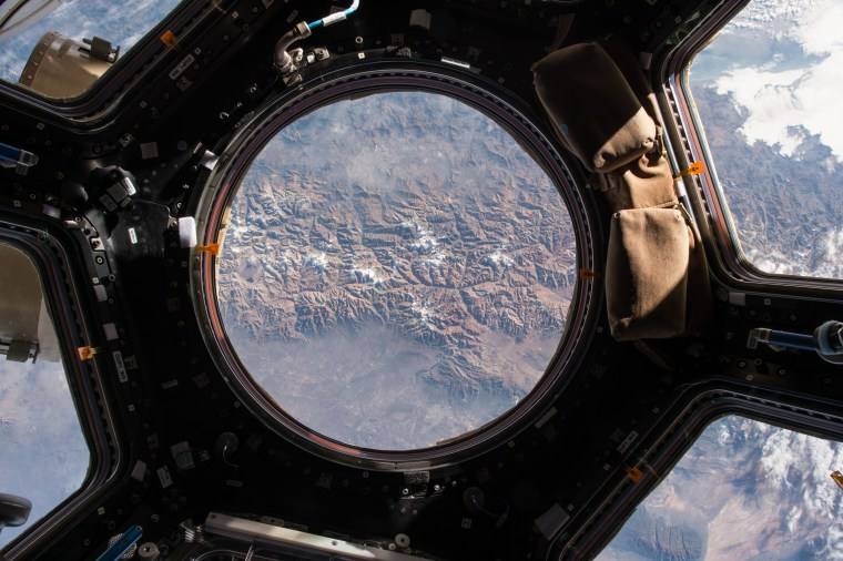 Image: Year in Space 19-Cupola View