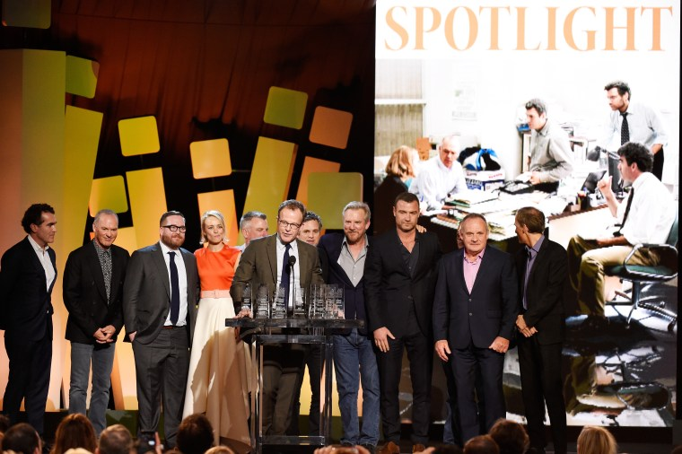 "The cast and crew of ""Spotlight"" accept the award for best feature at the Film Independent Spirit Awards."