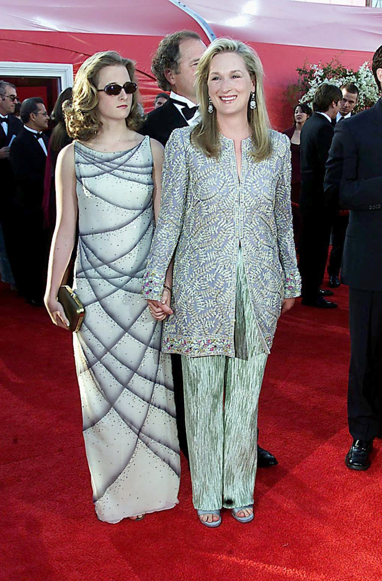 Actress Meryl Streep (R) arrives with her daughter