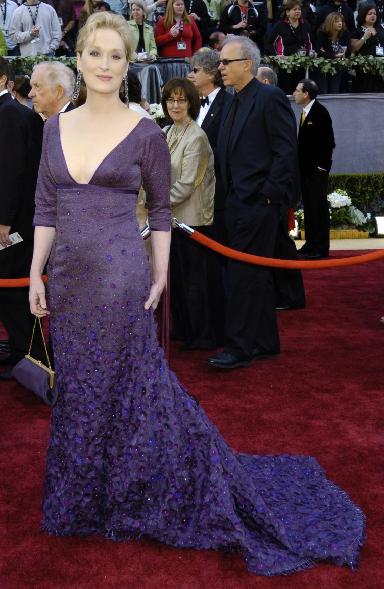 Two-time Oscar winner Meryl Streep arrives for the 78th Academy Awards Sunday, March 5, 2006, in Los Angeles. Streep will be a presenter during the Oscar telecast. (AP Photo/Chris Pizzello)