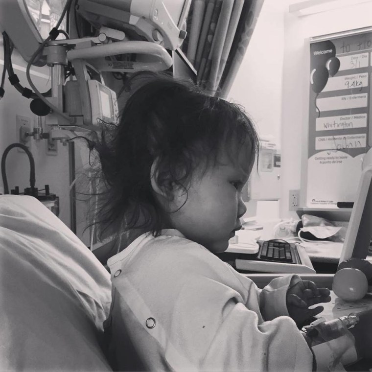 FedEx flew this little girl and her family to Chicago during a snowstorm when she needed a liver transplant.