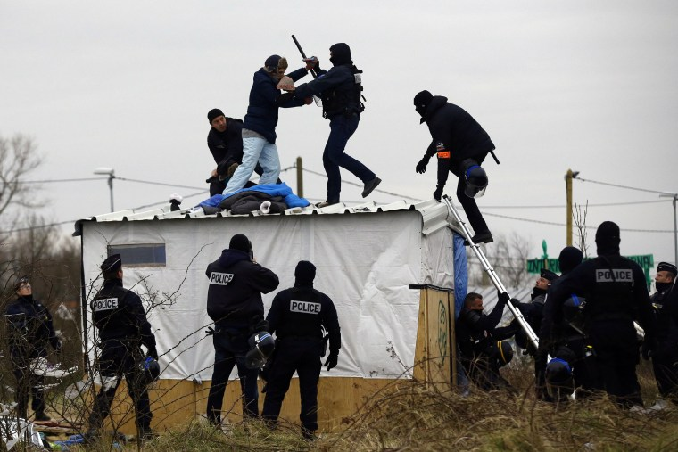 Image: Destruction Of Calais Jungle Camp Continues