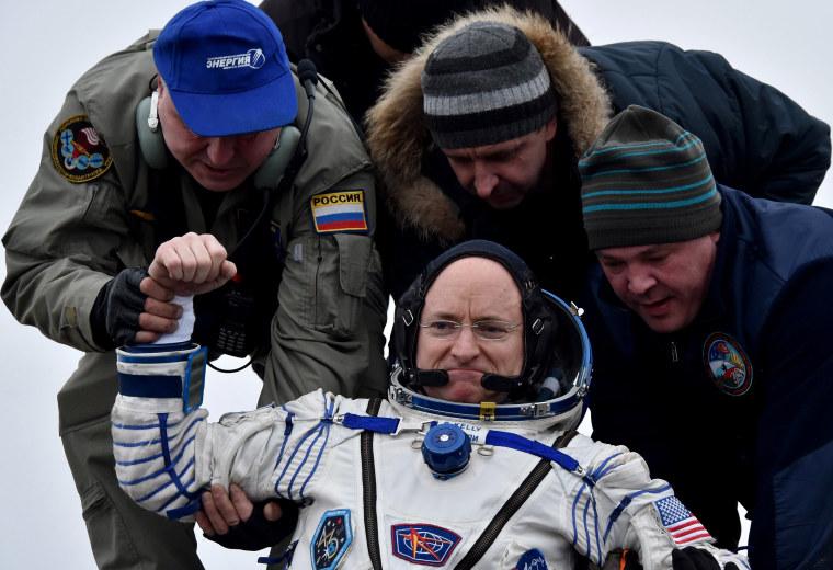 Image: Soyuz TMA-18M landing