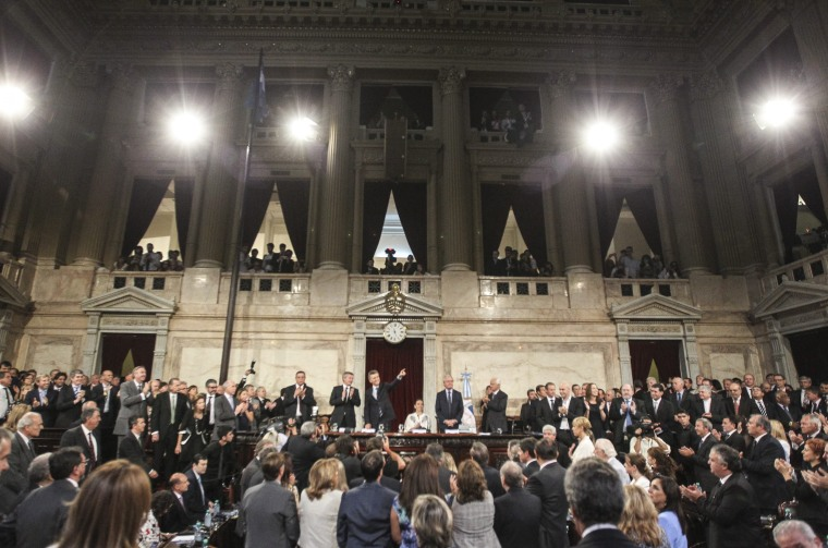 First session of parliament in Buenos Aires