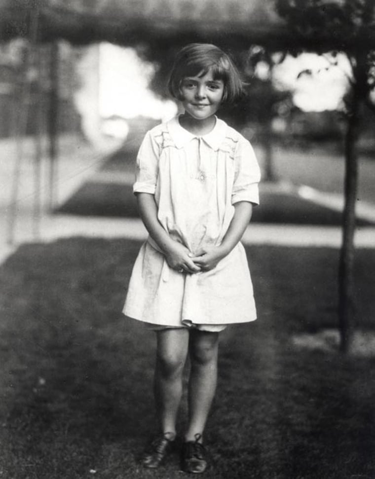 Image: Nancy Davis Reagan pictured at age 6