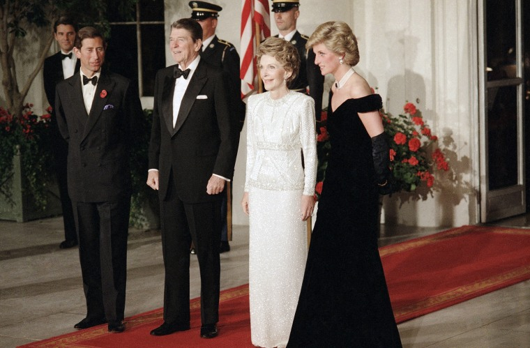 Image: President Ronald Reagan and first lady Nancy Reagan pose with the Prince and Princess of Wales