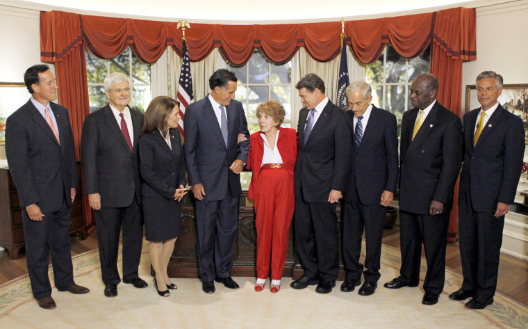 Image: Republican presidential candidates are greeted by Nancy Reagan