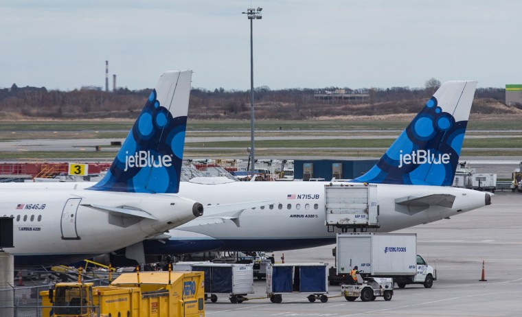 Want to be a pilot? JetBlue launches new program — no