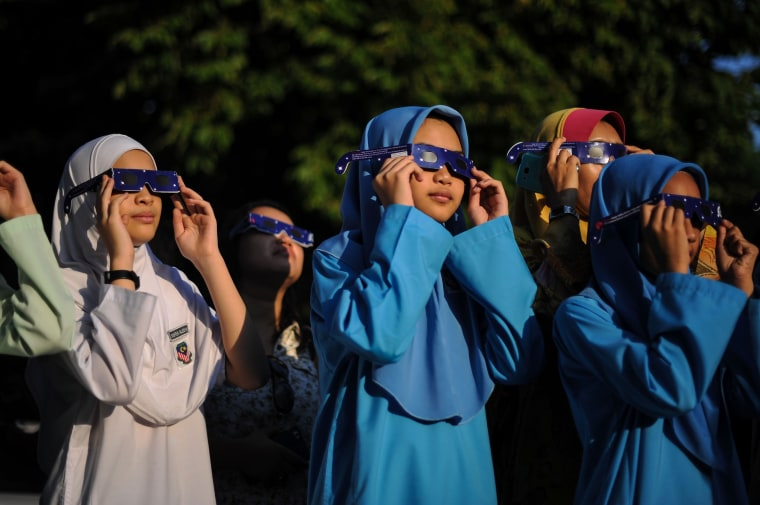 Image: MALAYSIA-ASTRONOMY-ECLIPSE