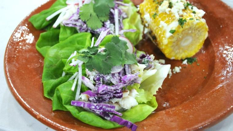 Al Roker makes healthy red snapper tacos in lettuce cups