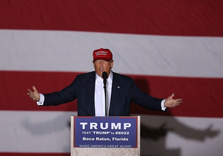 Image: Republican presidential candidate Donald Trump speaks