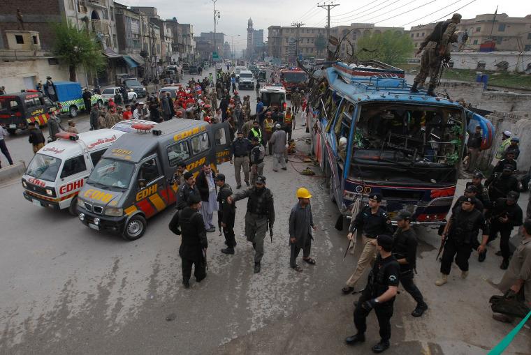 Image: Bomb blast killed 15 people in Peshawar, Pakistan