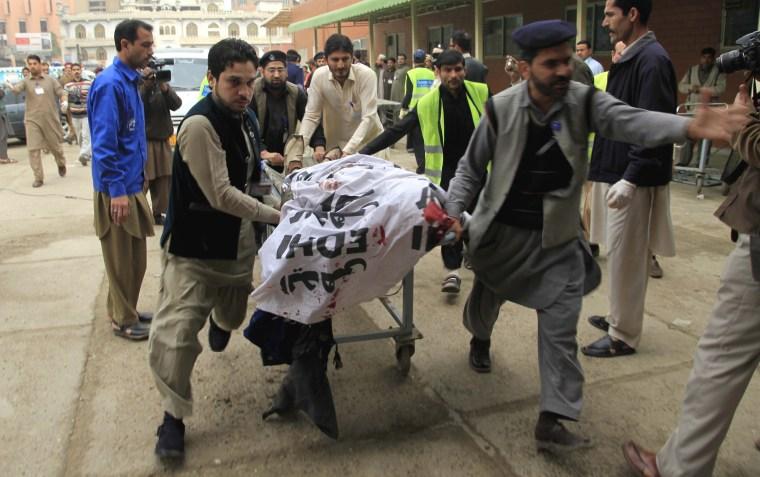 Image: Bomb blast killed 15 people in Peshawar