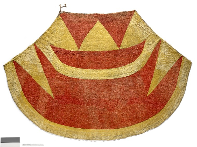 """The 'ahuʻula (feathered cloak) and mahiole (feathered helmet) of chief Kalani'ōpu'u have returned to Hawai'i after 237 years and will be exhibited together in Hawai'i for the first time at the Bernice Pauahi Bishop Museum in """"He Nae Ākea: Bound Together."""""""
