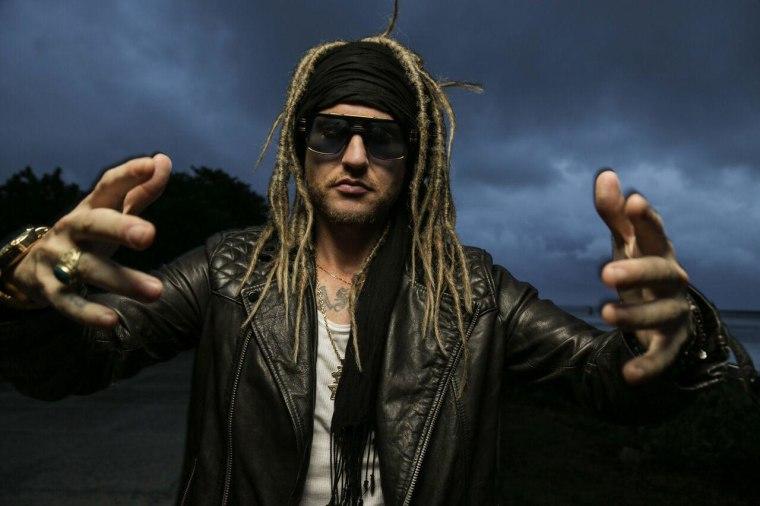 International Reggae artist, Iakopo, makes U.S. debut.