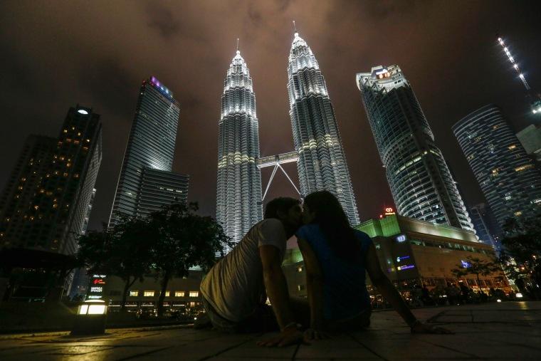 Image: Malaysia Earth Hour 2016