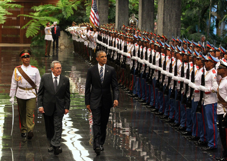 Image: President Barack Obama is received by President of Cuba Raul Castro
