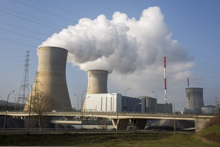 Image: nuclear power plant in Tihange