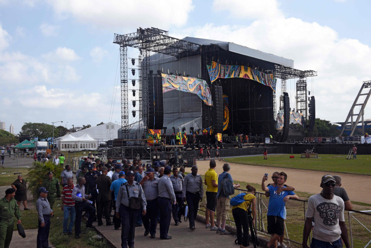 Image: DOUNIAMAG-CUBA-UK-MUSIC-ROLLING STONES-PREPARATIONS