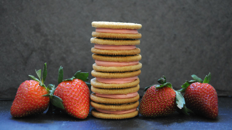 Strawberry Shortcake Oreos